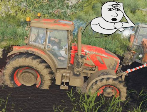 new #Tractor Crystal lifts the old one out of trouble -fell into Mud, Drawing Water from the lake